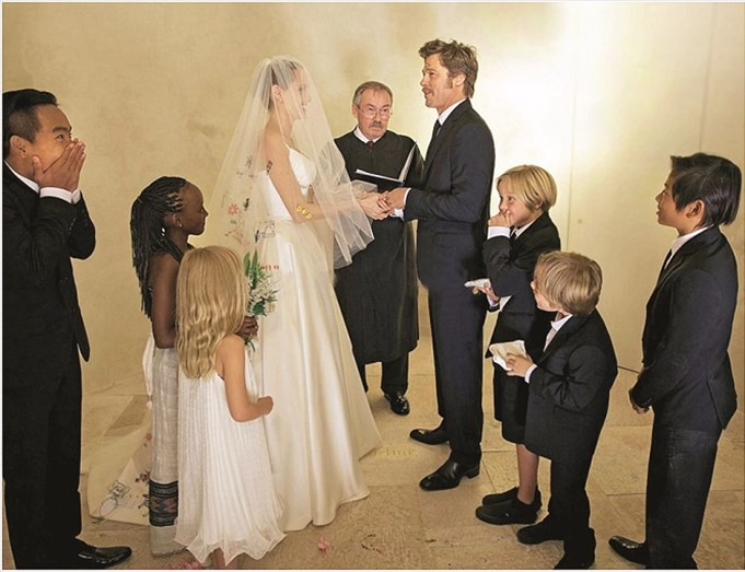 As fotos do casamento de Angelina e Brad Pitt