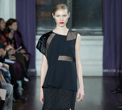 As assimetrias elegantes de Jason Wu