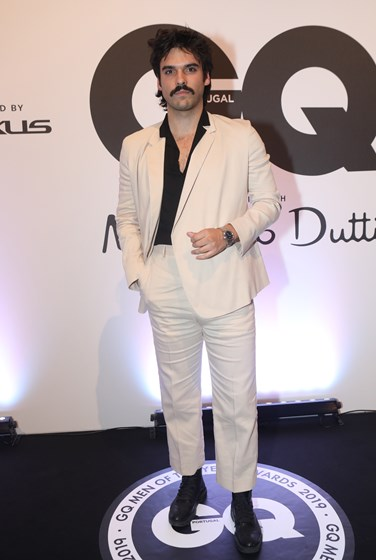 Os piores looks da festa  Men of the Year Awards